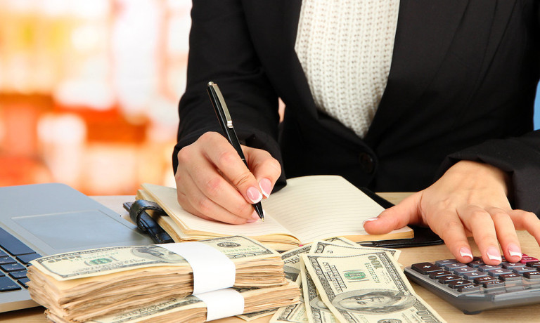 12 Amazing Money Tips From Financial Experts written